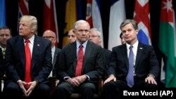 Donald Trump, Jeff Sessions i direktor FBI-ja Christopher Wray