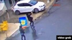 Момент теракта, зафиксированный камерами наблюдения. Стамбул, 2 марта 2016 года.