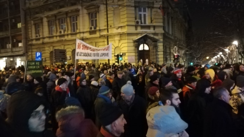 Thousands Of Serbs March Against Vucic For Eighth Week