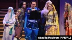 Сцена из азербайджанского спектакля. Иллюстративное фото.