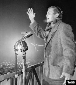 Евгений Евтушенко. 1960