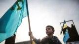 Автопробег в память о жертвах депортации крымскотатарского народа в Киеве, во время которого активисты установили на своих автомобилях крымскотатарские и украинские флаги. Всего в автопробеге приняло участие около 50 автомобилей