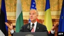 Joe Biden ţine un discurs la Biblioteca Universitară din Bucureşti