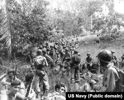 Амэрыканскія марскія пехацінцы падчас бітвы за Гўадальканаль