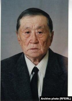 Кеңешбек Асаналиев.