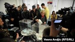 Izbori u Srbiji, arhivska fotografija