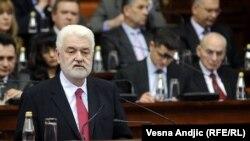 Mirko Cvetković u Skupštini za vreme dok je bio premijer, 2011.