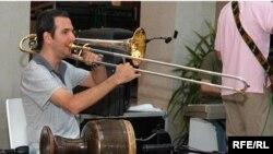 سلمک و ترومبونش در اجرایی در دبی