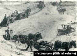 Вивезення руди з кар'єра, Кривий Ріг, 1900 рік