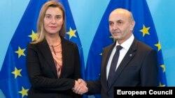 Mogherini & Mustafa - foto arkivi