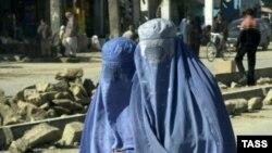 Нередко девушки из консервативных мусульманских семей вынуждены тайно обращаться за помощью в кризисные центры