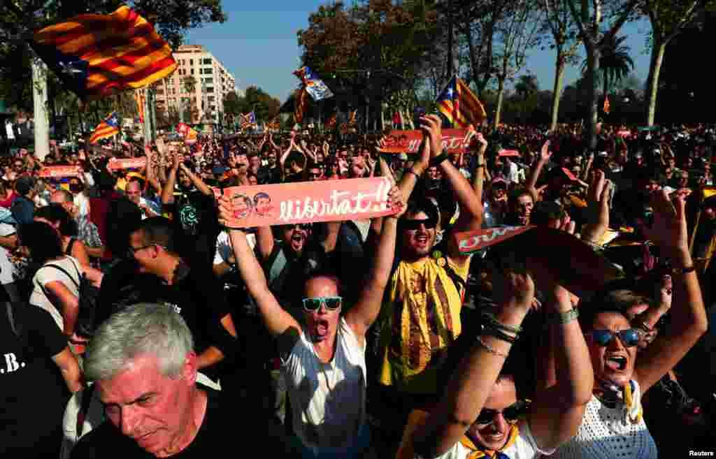 Каталонська влада у відповідь закликала Мадрид до діалогу