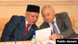 Әлбир Крганов (с) һәм Илдар Гыйлметдинов