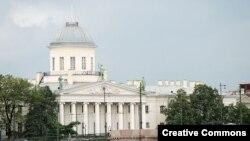 В фондах музея Пушкинского дома хранятся около 120 тысяч экспонатов
