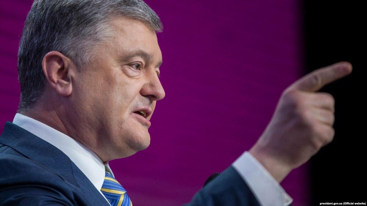 Судья Окружного админсуда Киева судится с Порошенко