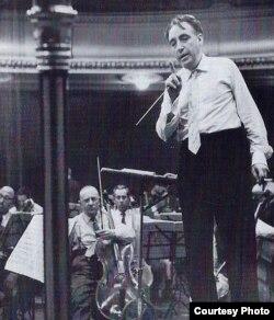 Constantin Silvestri în Marea Britanie (fotografie pe coperta unui CD Testament/EMI)