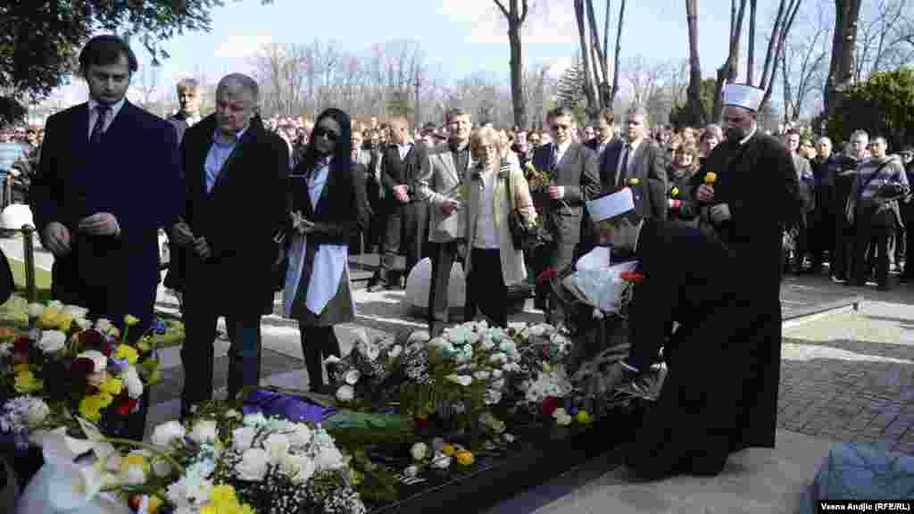 Religious, political, and cultural figures turned out to pay their respects at the March 12 ceremony.