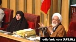 مهدی کروبی، پس از انتخاب هاشمی رفسنجانی به ریاست جمهوری، رئیس مجلس سوم شد و پس از آن ریاست مجلس ششم را هم عهدهدار بود
