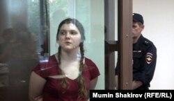 18-летняя Анна Павликова в суде