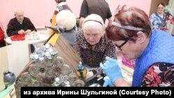 Подопечные Дома ветеранов Новосибирска на мастер-классе волонтеров