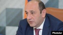 Министр экономического развития и инвестиций Сурен Караян, Ереван, 18 октября 2017 г.