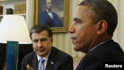 Президент США Барак Обама и экс-президент Грузии Михаил Саакашвили