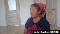 Гульзира Канатбек, бабушка живущего без действительных документов Пейила Тлеуберди, родители которого проживают в Синьцзяне.