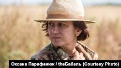 Режисерка Наталка Ворожбит на зйомках фільму «Погані дороги»