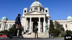 Vojska ispred Parlamenta Srbije u Beogradu, 16. mart 2020.