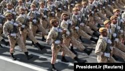 Парад по случаю дня армии в Тегеране, 22 сентября 2019 года