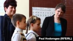Helen Clark la Centrul pentru copii cu nevoi speciale, Doroțcaia