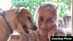 Маша Слоним с собакой Лаской