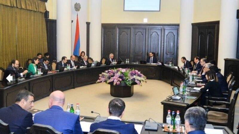 Правительство одобрило законодательный пакет, предусматривающий процесс ветирования судей
