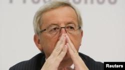Шефот на еврозоната Жан -Клод Јункер.