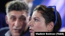 Режиссёр Тигран Кеосаян и главный редактор RT Маргарита Симоньян