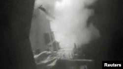 Lansiranje krstareće rakete sa američkog ratnog broda Nitze na položaje Huta u Jemenu