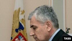 Прокуратура не увидела в действиях «человека, похожего на губернатора», состава преступления