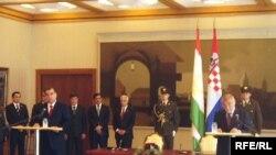 Нишасти хабарии ду президент. Загреб, 4-уми сентябри соли 2009.