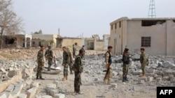 Սիրիայի կառավարական բանակի զինվորները Հալեպի արվարձանում, 23-ը հոկտեմբերի, 2015թ.