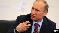 Rusiyanın baş naziri Vladimir Putin