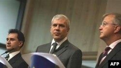 Božidar Đelić, Boris Tadić i Olli Rehn na potpisivanju Sporazuma o stabilizaciji i pridruživanju sa EU, 7. novembar 2007