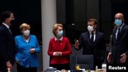 Фотографија од маратонскиот состанок на лидерите на земјите-членки на ЕУ
