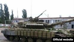 Tanc capturat de forțele ucrainene, 27 iunie 2014.
