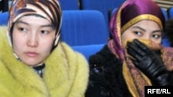 Студенттер. Ақтөбе, 27 ақпан 2009 жыл. (Көрнекі сурет)