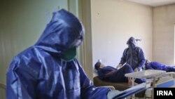 یک مقام وزارت بهداشت ایران از ابتلای پنج هزار پرستار به کرونا خبر داده است.