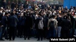 تجمع دانشجویان معترض در دانشگاه تهران، ۲۴ دی ۱۳۹۸
