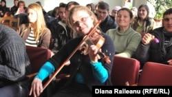 Elevii Colegiului muzical Ștefan Neaga la un curs de inițiere în terapia muzicală pentru copii