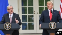 ჟან-კლოდ იუნკერი და დონალდ ტრამპი. ვაშინგტონი, 2018 წლის 25 ივლისი