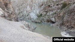 Обрушилась часть дороги Душанбе-Чанак