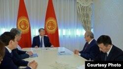Алмазбек Атамбаев и Абдулазиз Камилов